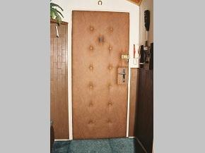 Odhlučnění dveří bytu